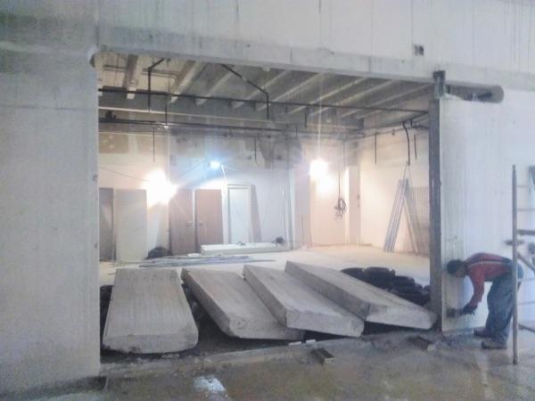 beton fal kibontás